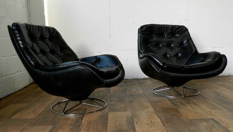 Pair Of Retro French Loft Egg Chairs ...